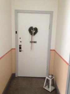 Vit dörr